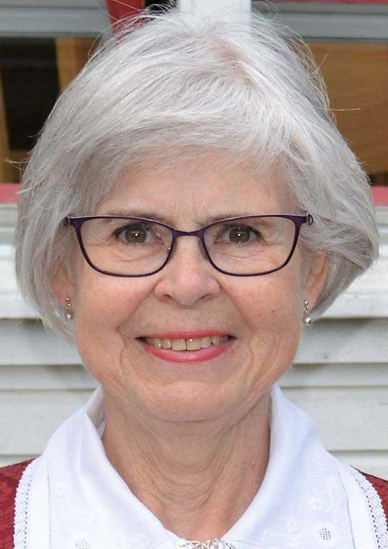 Eva Behrens